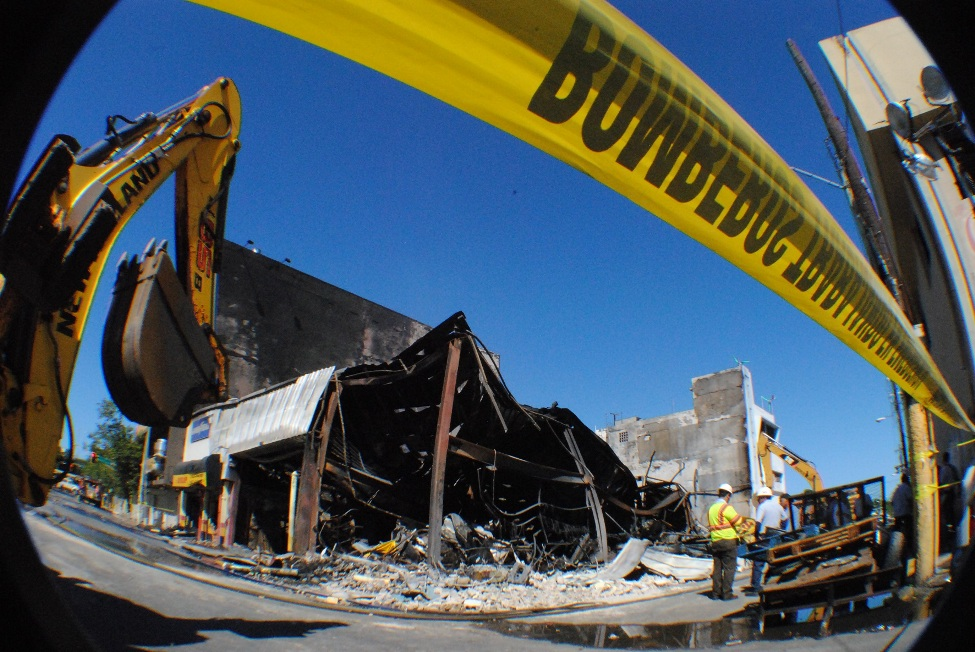 El fuego destruyó un inventario calculado en sobre $500 mil