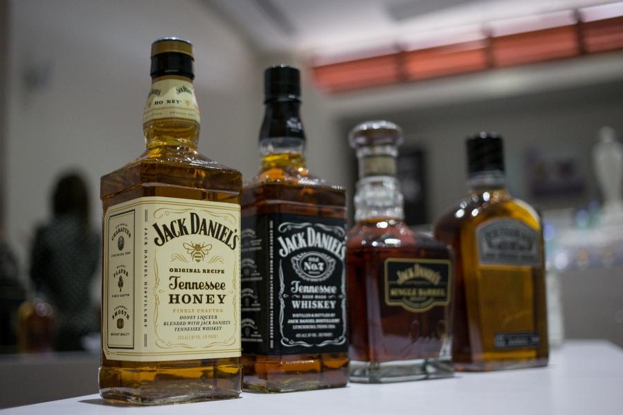 Jack Daniel's presenta sus destilados durante cata con mixólogo Wilfredo Reyes