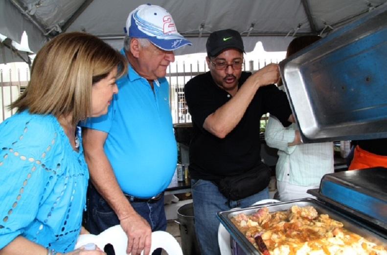 Festival de la Patita de Cerdo Guisá con una olla de 1,400 libras en Guaynabo