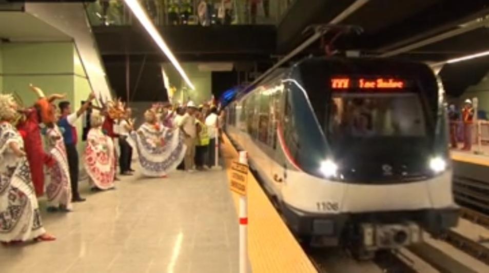 Panamá inaugura el primer metro en Centroamérica