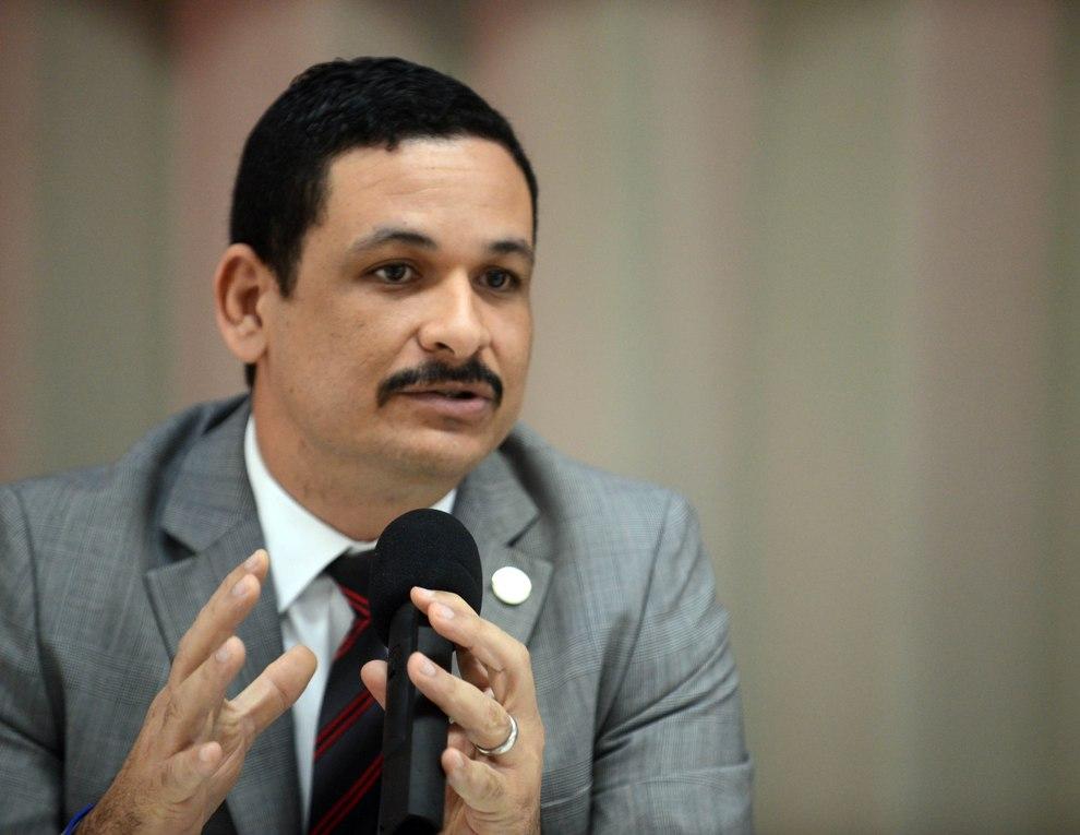 """Presidente UPR: """"cerrándola no ayudamos a nadie"""""""