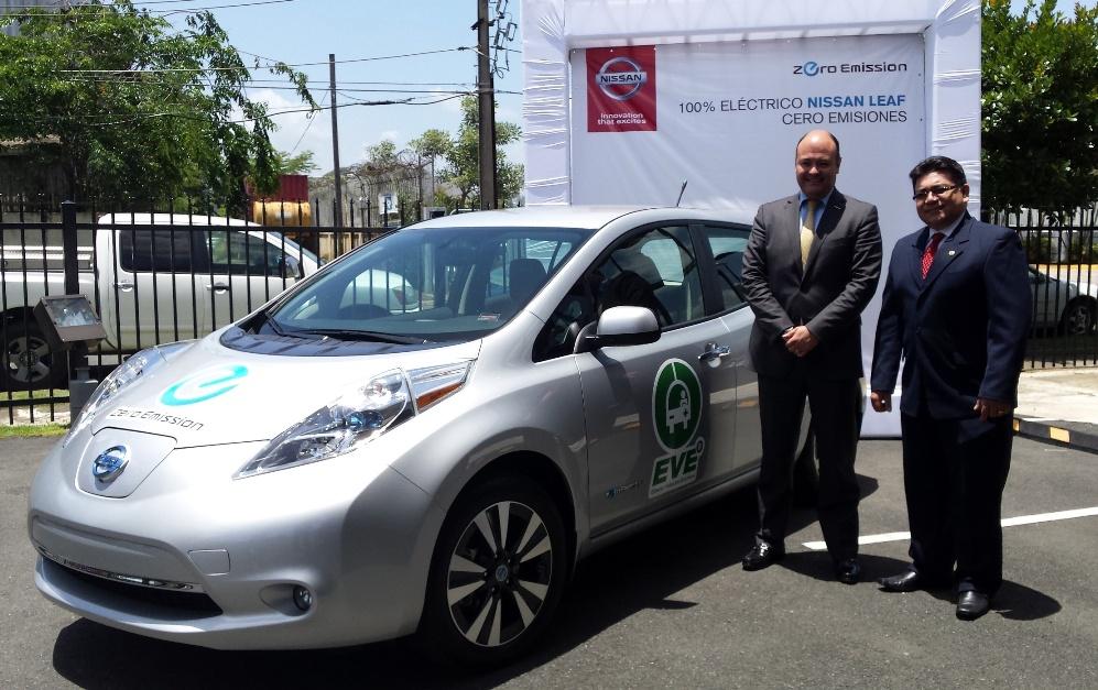 AEE firma acuerdo con Nissan para introducir autos eléctricos