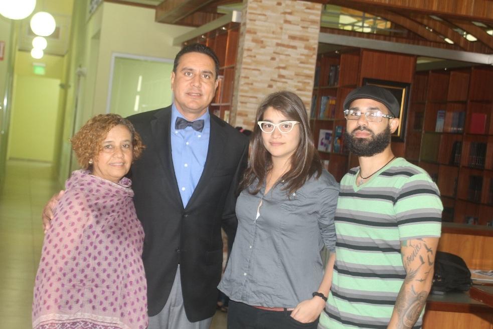 Poeta venezolana ofrece taller a estudiantes de San Lorenzo